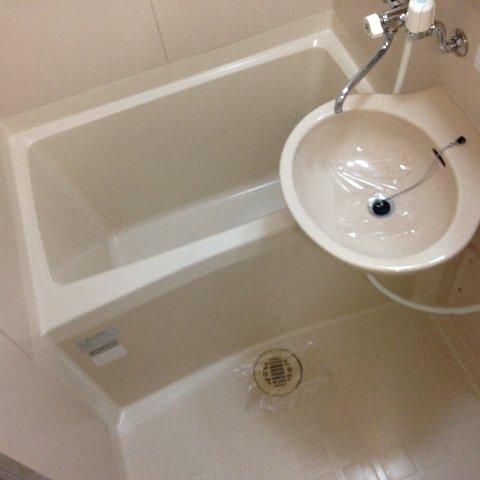 エル・グランデ 207号室の風呂