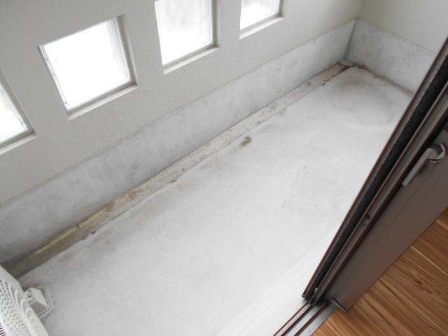 グランレブリー壬生 103号室のバルコニー