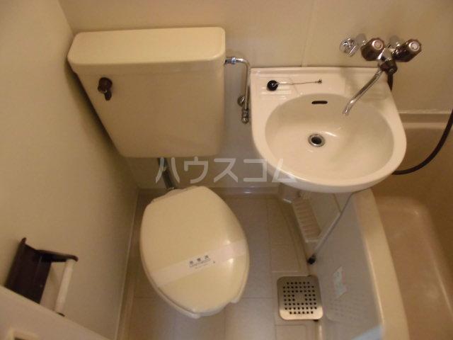 バウハウス 303号室の洗面所