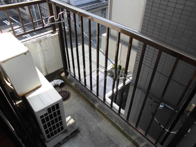 バウハウス 303号室のバルコニー