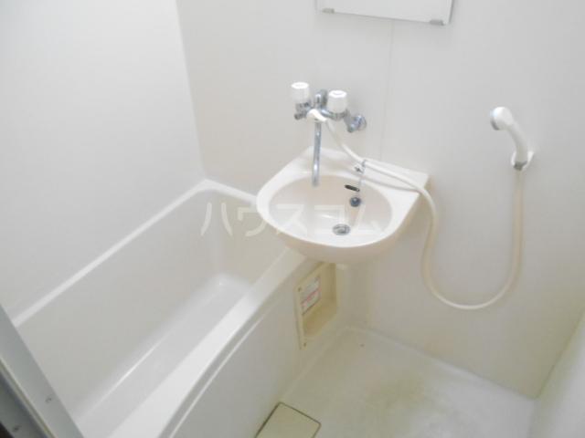 プリジェール太子道 205号室の風呂