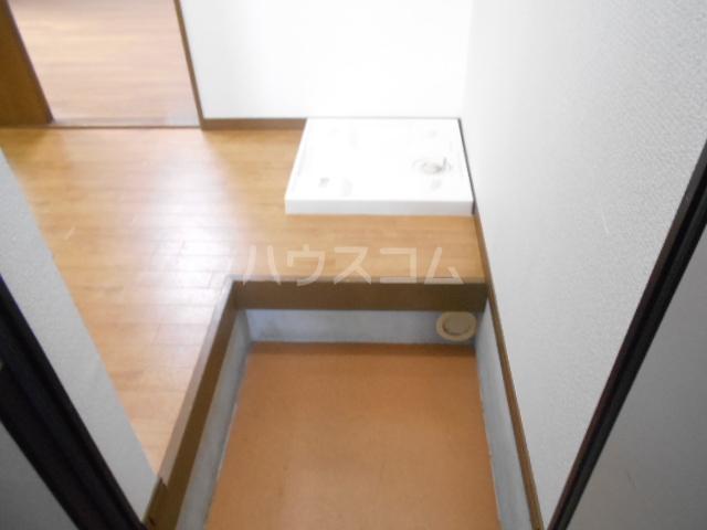 プリジェール太子道 205号室の玄関