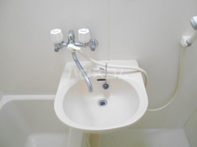 プリジェール太子道 205号室の洗面所