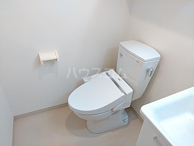 ワンモアハート円町 601号室のトイレ