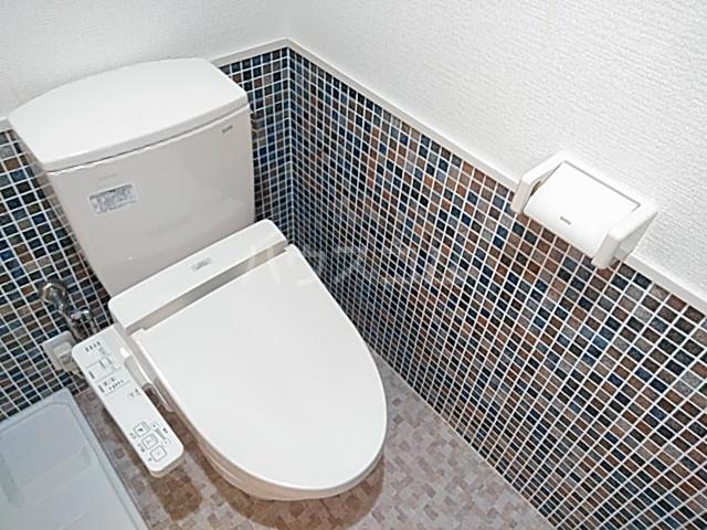 グランドーリア西院 4-C号室のトイレ