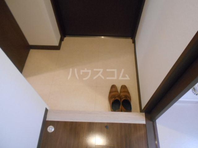 ベラジオ京都壬生イーストゲート 505号室の玄関