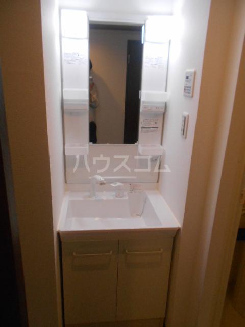ベラジオ京都壬生イーストゲート 505号室の洗面所