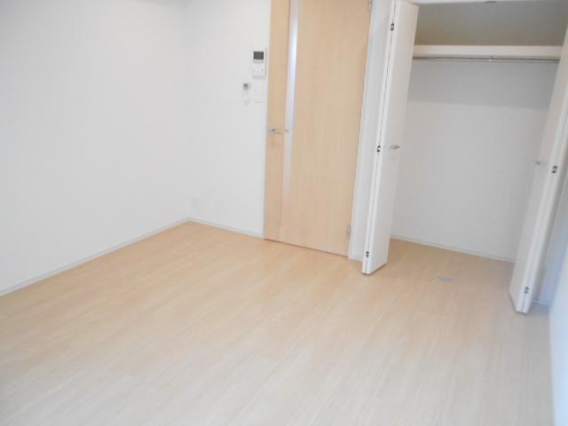 ラガール 103号室の居室