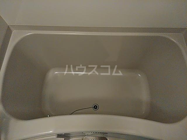 アンシャーレ西ノ京 302号室の風呂