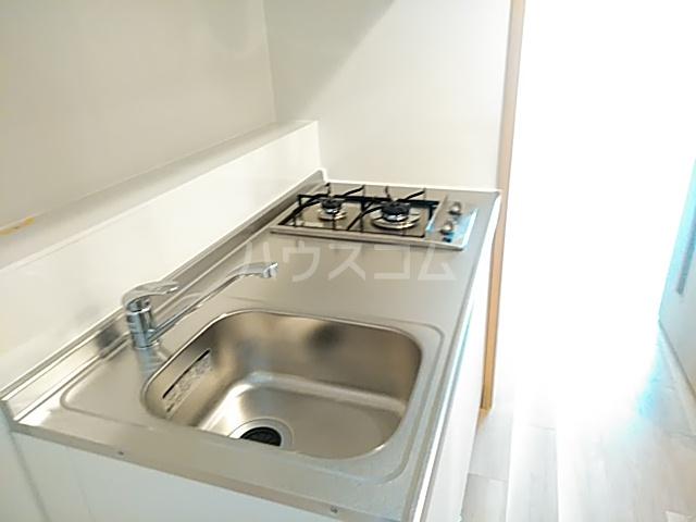 エスカーサ京都四条梅津 205号室のキッチン