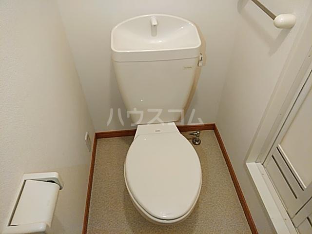 プレジール春日 106号室のトイレ
