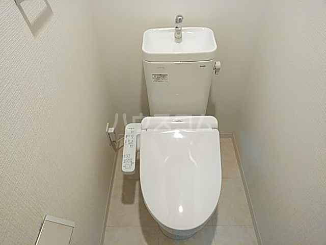 エグゼ京都西 603号室のトイレ