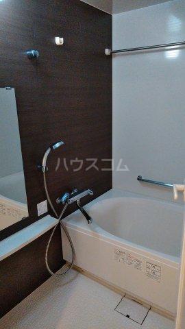 グランドテラス新都心 707号室の風呂