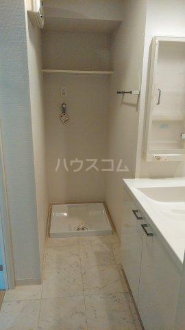 グランドテラス新都心 707号室の洗面所