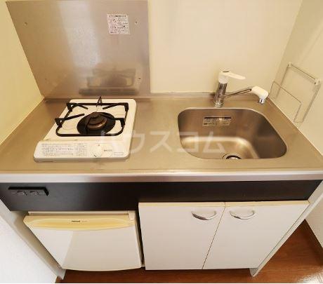 オアシス  202号室のキッチン