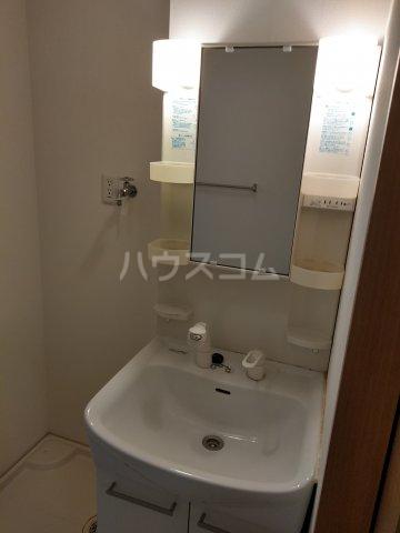 ル・シエル北谷 201号室の洗面所