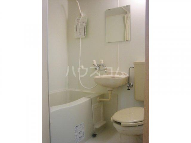 キャッスルナガタ 401号室の風呂