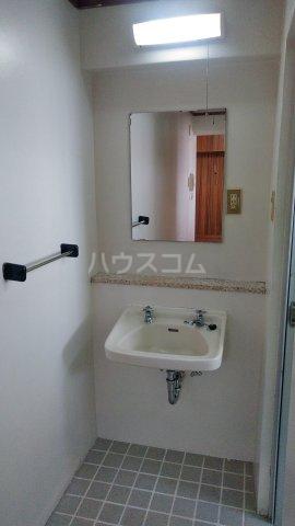 ヴィラはいから 602号室の洗面所