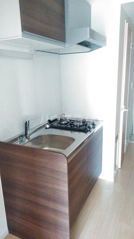 グランデュール K 201号室のキッチン