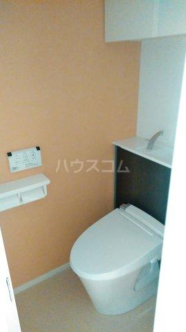 グランデュール K 201号室のトイレ
