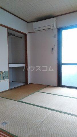 メルベーユ仲村 302号室の居室