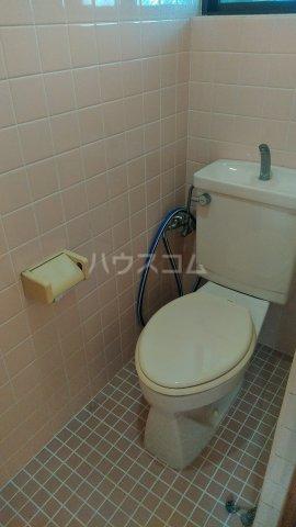 メルベーユ仲村 302号室のトイレ