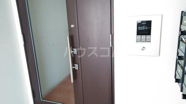 With結 205号室のセキュリティ
