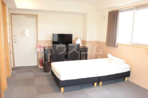 Villa IRIS 303号室のベッドルーム