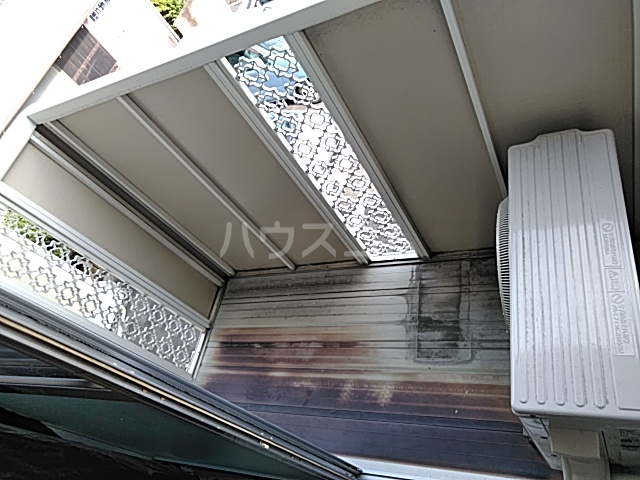 エントピアKT 102号室のバルコニー