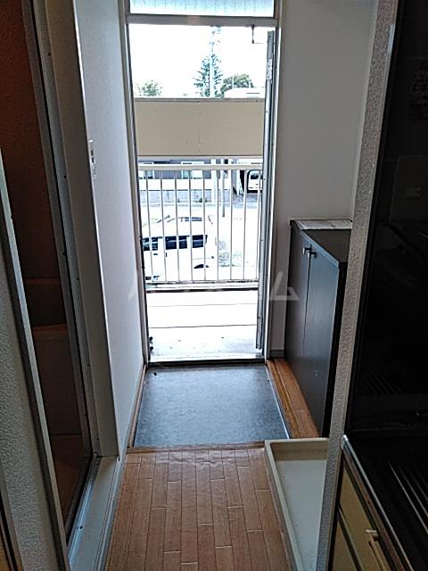 エントピアKT 102号室の玄関