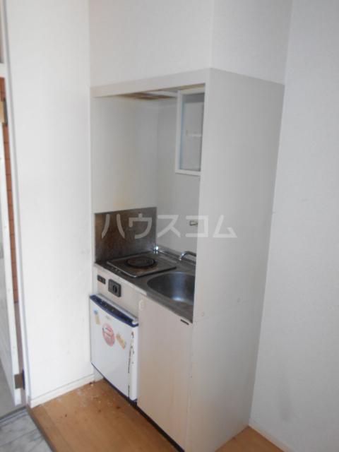 イーストコート大山寺 104号室のキッチン