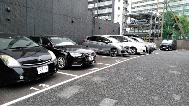 S-FORT上小田井 602号室の駐車場