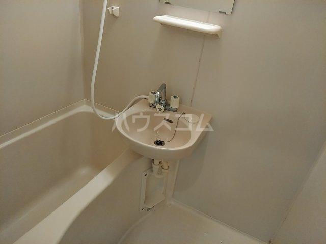 ニューリバーⅠ 2A号室の風呂