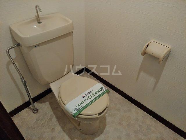 シンビリア花咲 304号室のトイレ