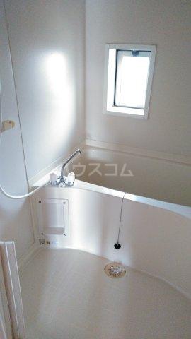 シャルマンドミール駅東 201号室の風呂