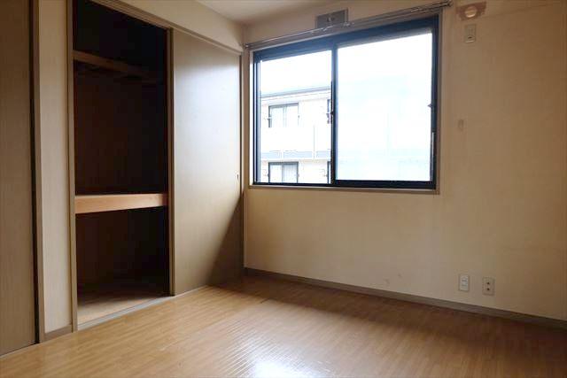 サンガーデンカムアンドエム A棟 202号室の居室