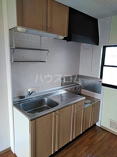 ウッディベル 202号室のキッチン