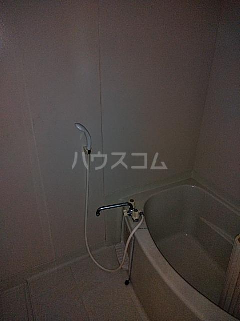 ウッディベル 202号室の風呂