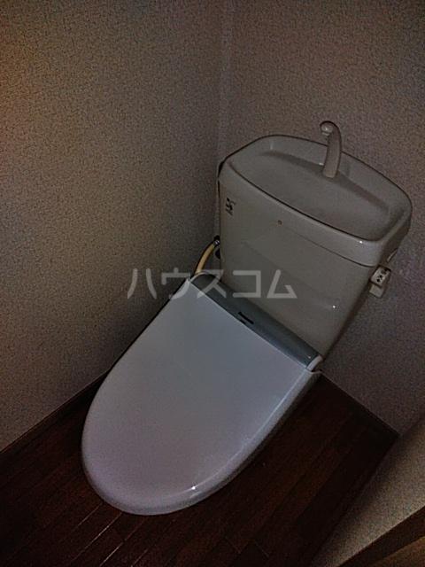 ウッディベル 202号室のトイレ