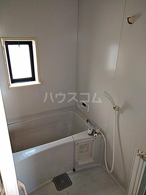 サンリヴェール B棟 202号室の風呂