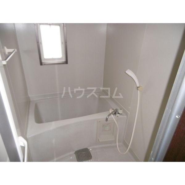 メゾンリーブル A 102号室の風呂