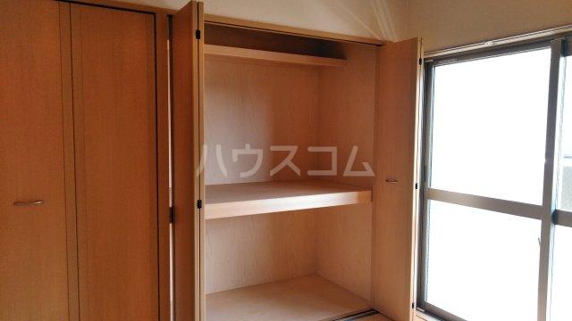 ユーミーハヤミズ 204号室の収納