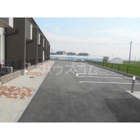 マザービレッジの駐車場