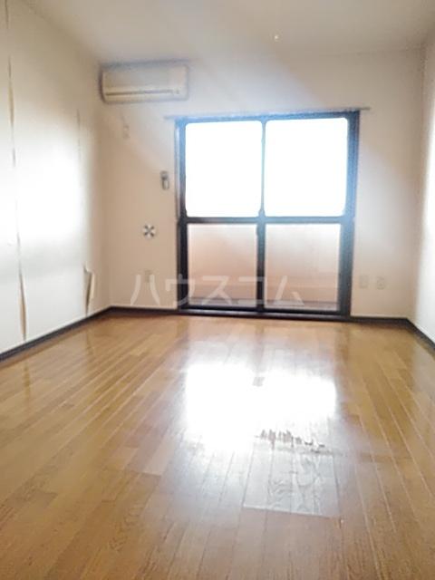 ラ・セゾンY・M 303号室のベッドルーム