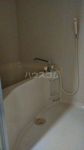 カルネドール 101号室の風呂