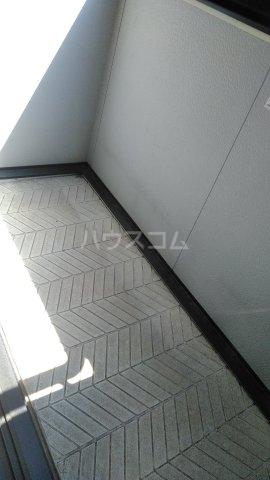 グランドールK Ⅱ 102号室のバルコニー