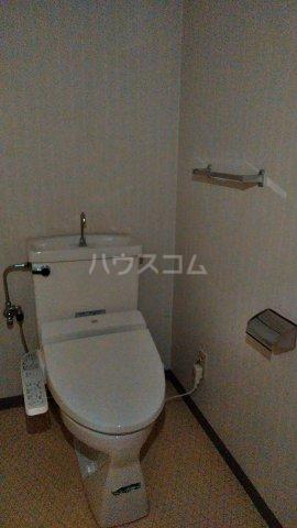 グランドハイツ野中 302号室のトイレ