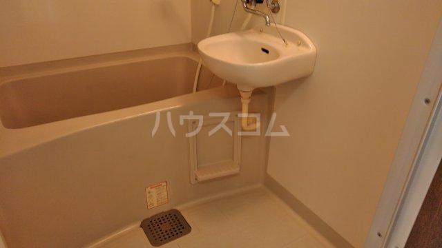 コーポジョセフィーヌ 101号室の洗面所