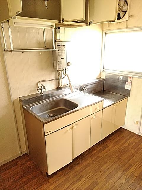 ハイグレード峯岸Ⅱ 202号室のキッチン