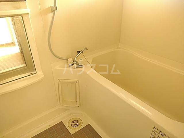 ラ・フランスKAZU  101号室の風呂